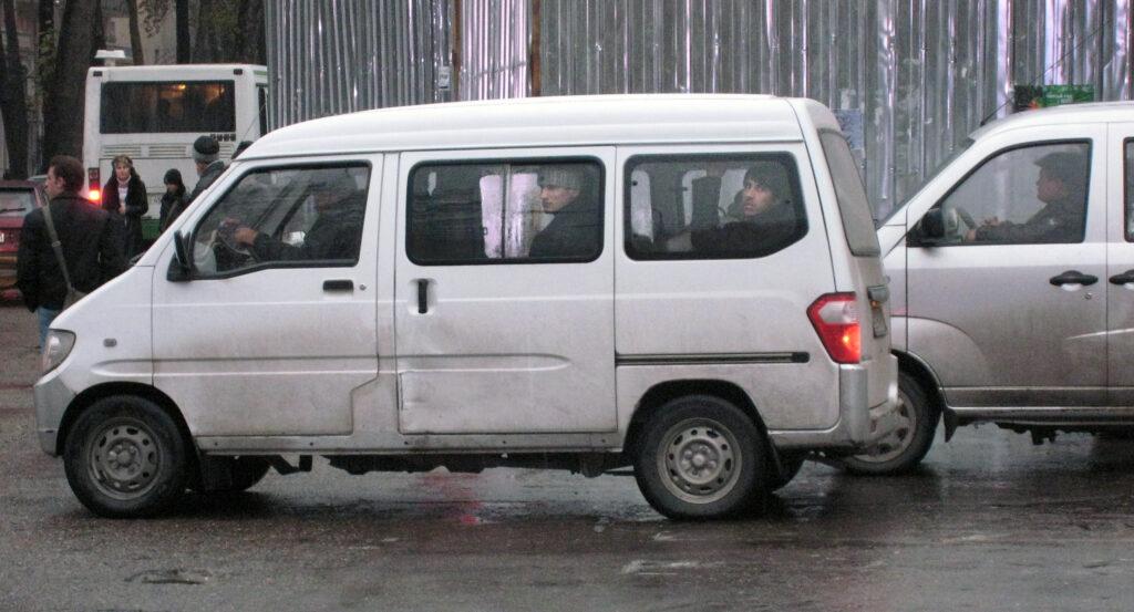 Minibussar i Dusjanbe